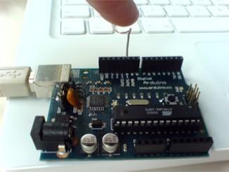 Arduino 电容的直接检测:简易触摸传感器