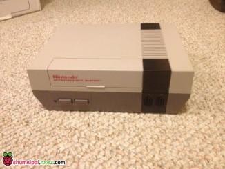 披着NES外壳的树莓派NES游戏机