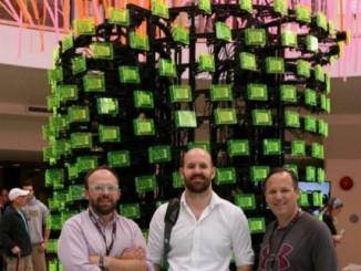 256个树莓派在世界创客大会上组成计算集群